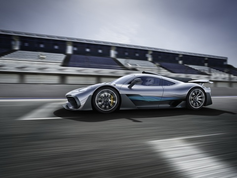 Mercedes AMG Project One: Sieu xe dung dong co F1 gia 2,7 trieu USD hinh anh 3