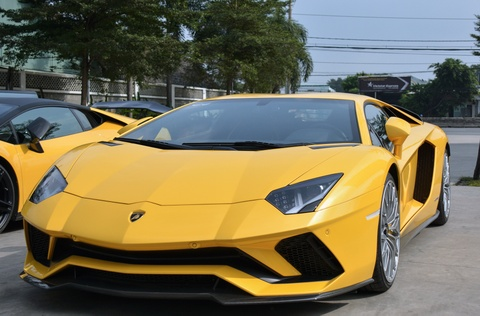 Sieu xe Lamborghini Aventador S 40 ty o Sai Gon lan dau di xa hinh anh 3