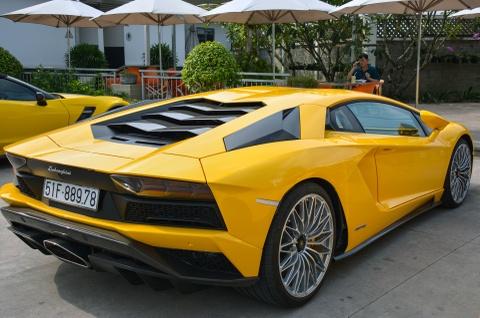 Sieu xe Lamborghini Aventador S 40 ty o Sai Gon lan dau di xa hinh anh 4