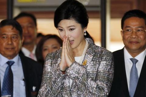 Ba Yingluck doi mat lenh cam hoat dong chinh tri 5 nam hinh anh
