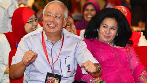 Gia lam toc cua Phu nhan Thu tuong Malaysia gay choang hinh anh