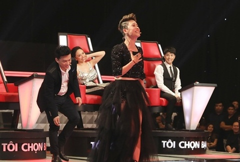 Giong ca 'Diva' khien Thu Phuong, Lam Truong 'ran nut' hinh anh