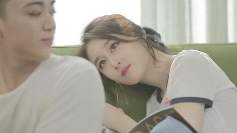 Jiyeon (T-ara) chu dong dien canh tinh cam voi Soobin Hoang Son hinh anh