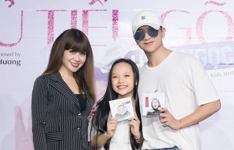 Soobin Hoang Son tang 400 trieu dong cho hoc tro lam album hinh anh