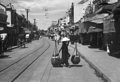 'Chuyen cu Ha Noi': Noi nho thuong thanh pho nghin tuoi hinh anh