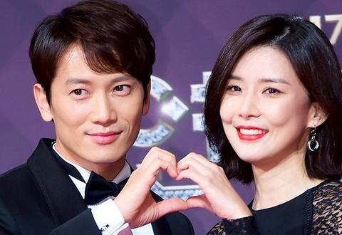 Vo chong noi tieng Ji Sung - Lee Bo Young don con trai thu hai hinh anh
