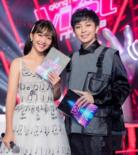Huong Giang Idol, Pham Quynh Anh lam huan luyen vien The Voice Kids hinh anh 7