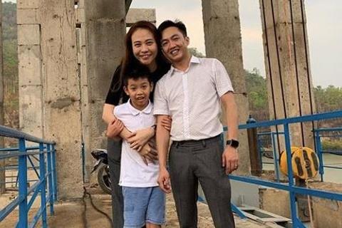 Subeo tang qua, banh kem cho Dam Thu Trang nhan ngay 20/10 hinh anh