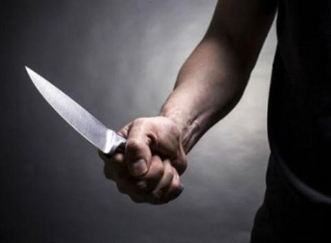 Uong thuoc sau tu tu khong thanh, chong dung dao khong che vo hinh anh