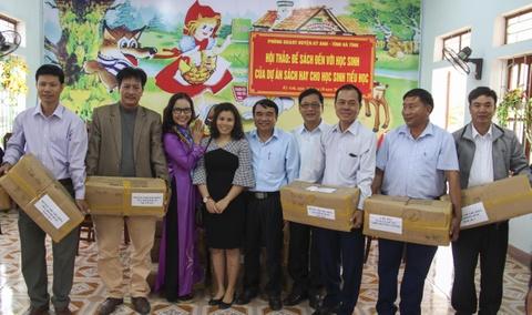 Tang 6.000 dau sach cho hoc sinh Ha Tinh hinh anh