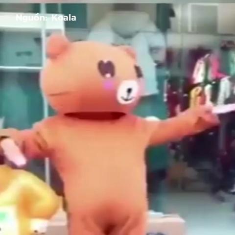 Nhung man phat to roi day sang tao cua mascot hinh anh