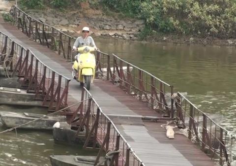 'BOT lang' duoc cap phep thu phi suot 10 nam qua tai Ha Noi hinh anh