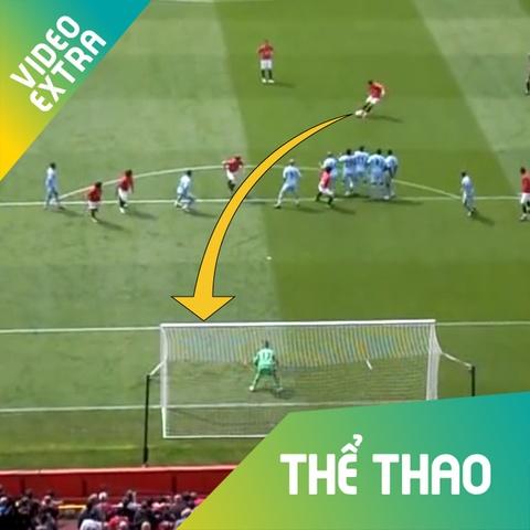 Ronaldo trong top sieu pham tai derby Manchester nhin tu ghe khan gia hinh anh