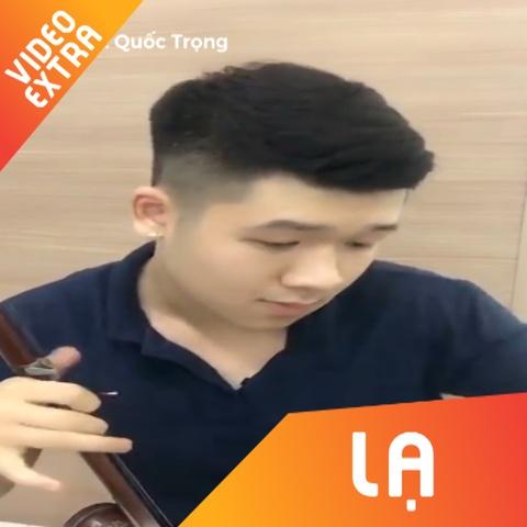 Chang trai cover 'Chay Ngay Di' bang dan nhi hinh anh