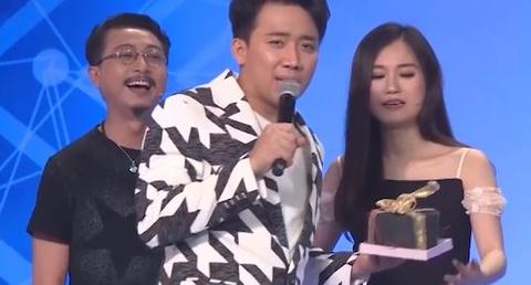 Hari Won va Tran Thanh bat tay nhau 'dot nha' Lam Vy Da hinh anh