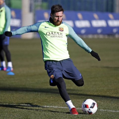 Nhung lan Messi the hien pham chat thien tai tren san tap hinh anh