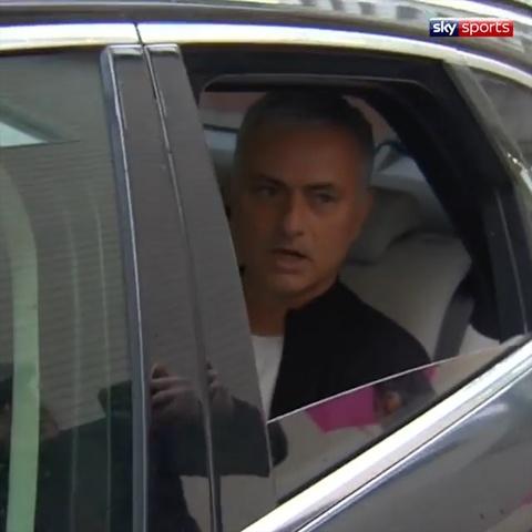 Mourinho noi loi tam biet nuoc Anh hinh anh