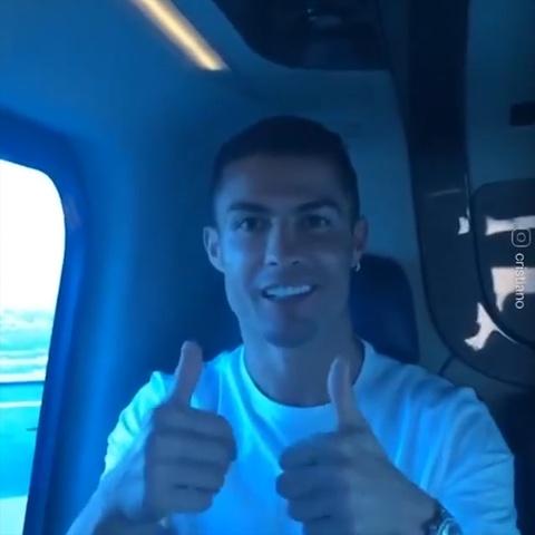 Cung Ronaldo du ngoan, ngam Dubai tu tren khong hinh anh