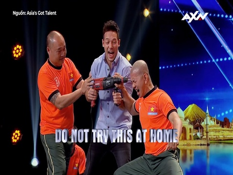 Vo su Viet Nam dung may khoan vao dau tai Asia's Got Talent hinh anh