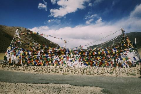 Duong den Ladakh - hanh trinh danh cho nhung doi chan khong biet moi hinh anh 4