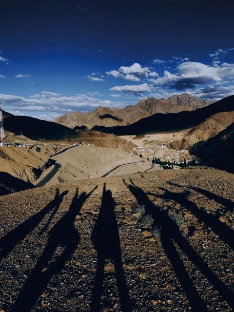 Duong den Ladakh - hanh trinh danh cho nhung doi chan khong biet moi hinh anh 15