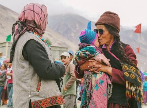 Duong den Ladakh - hanh trinh danh cho nhung doi chan khong biet moi hinh anh 49