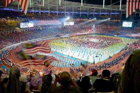 Bukit Jalil - dang cap cua chao lua dien ra tran chung ket AFF Cup hinh anh 5