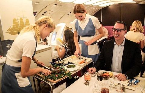 Tro ve thap nien 70 voi trai nghiem bay kieu co dien tren Boeing 747 hinh anh 3