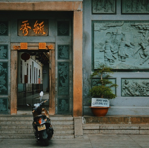 Check-in pho nguoi Hoa xua cu o Sai Gon trong ngay nghi le hinh anh 11