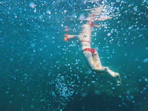 Nap 'vitamin sea' o thien duong bien Binh Hung dip nghi le hinh anh 6