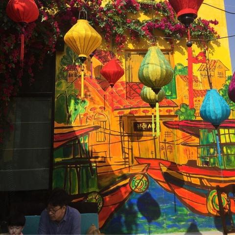 Nguoi Han Quoc thich thu check-in quan banh mi Phuong o Seoul hinh anh 10