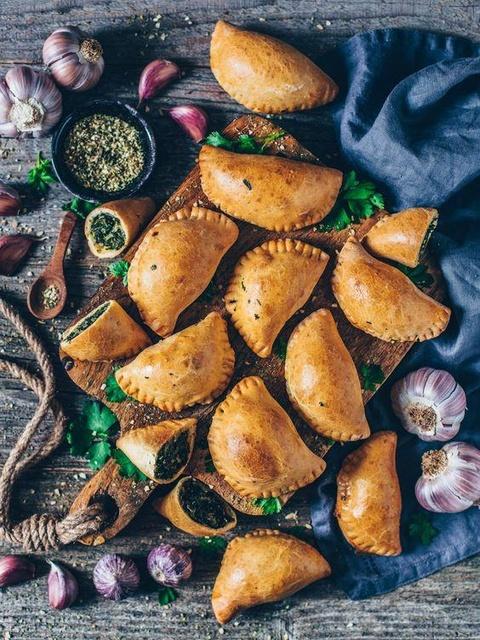 Burger thịt dê và 6 món ngon pha trộn văn hóa ở Curacao