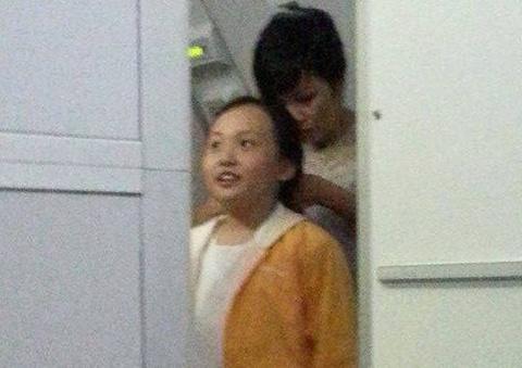 Xuat hien loat anh duoc cho la con gai Phuong Thanh hinh anh