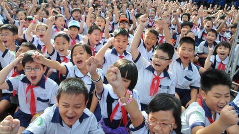Chính phủ đồng ý miễn học phí đối với học sinh trung học cơ sở