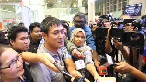 HLV Huu Thang duoc truyen thong Malaysia san don hinh anh