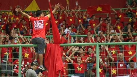 CDV ho vang tren khan dai de tiep lua cho Olympic Viet Nam hinh anh