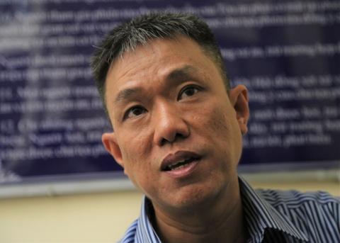 Ong Le Linh trai long truoc phien xu vu ban quyen Than dong dat Viet hinh anh