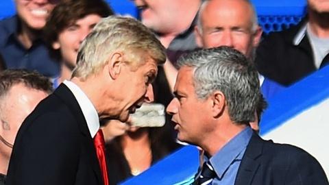 Mourinho ly giai viec khong duoc neu ten trong sach cua Arsene Wenger hinh anh