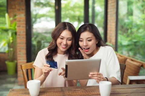 CEO Shinhan: 'Tang loi ich khach hang khi hoan tat chuyen giao' hinh anh 9