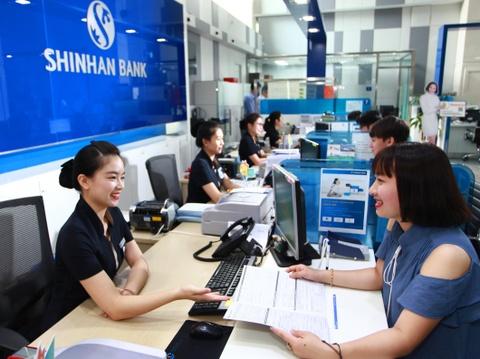 CEO Shinhan: 'Tang loi ich khach hang khi hoan tat chuyen giao' hinh anh 4