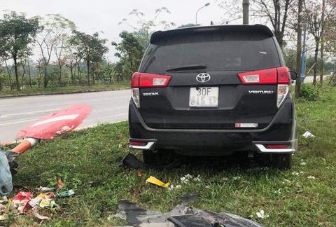 Vụ ôtô tông liên hoàn ở Hà Nội - tài xế khai do buồn ngủ