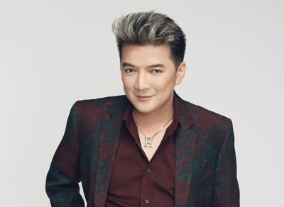 Mr Dam 'bo be' hoc tro The Voice di hat rieng hinh anh