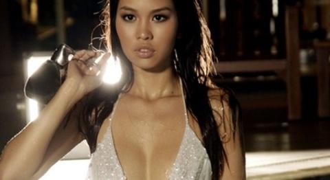 Ha Anh 'boc me' su kem coi cua nguoi Viet tai Miss Universe hinh anh