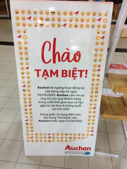 Auchan xa hang, nguoi Viet tranh cuop, xa rac hinh anh 3