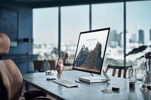 Bi an dang sau thiet ke Surface Studio dinh dam hinh anh