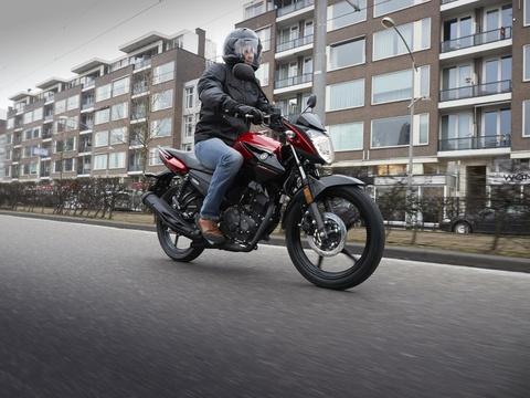 Yamaha YS125 - nakedbike cho nguoi moi choi hinh anh