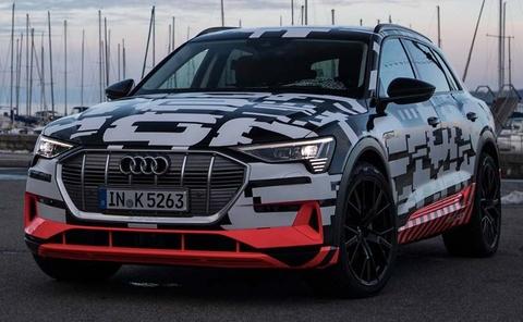 Xe dien Audi E-Tron chay thu o Geneva hinh anh