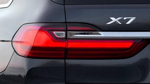 BMW X7 2019 rong rai, co bap va manh me hon hinh anh 1