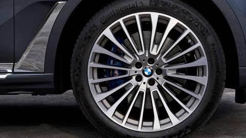 BMW X7 2019 rong rai, co bap va manh me hon hinh anh 4
