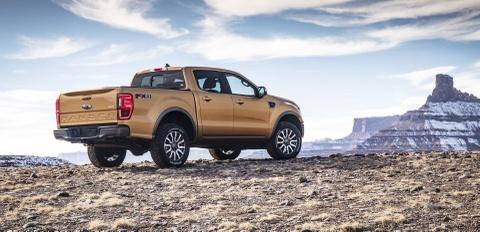 Ford Ranger 2019 gia khoi diem 24.300 USD tai My hinh anh